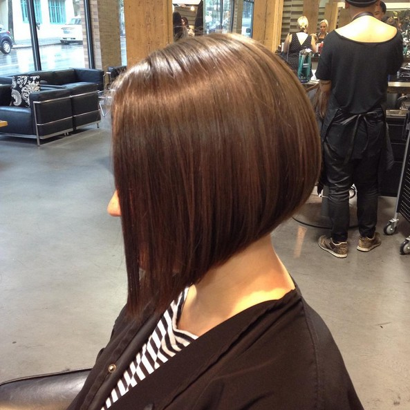 Simple-easy-daily-haircut-ideas-Inverted-bob-hairstyle