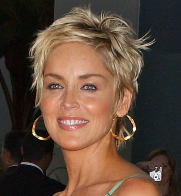Tagli-di-capelli-over-50-ecco-come-portare-i-capelli-dopo-i-50-anni Tagli-di-capelli-over-50-ecco-come-portare-i-capelli-dopo-i-50-anni