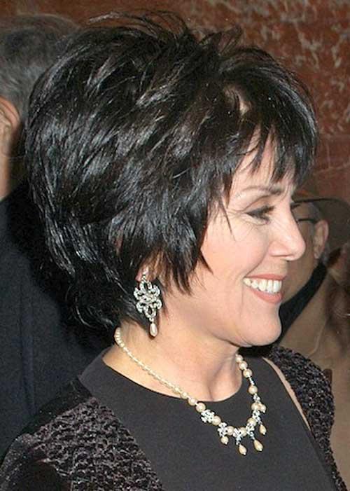 Tagli capelli per donne di 50 anni