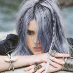 colore-grigio-azzurro-nei-capelli