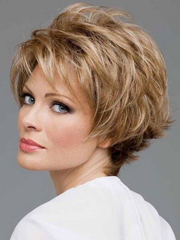 short-haircuts-for-women-with-fine-gold-hair-over-50
