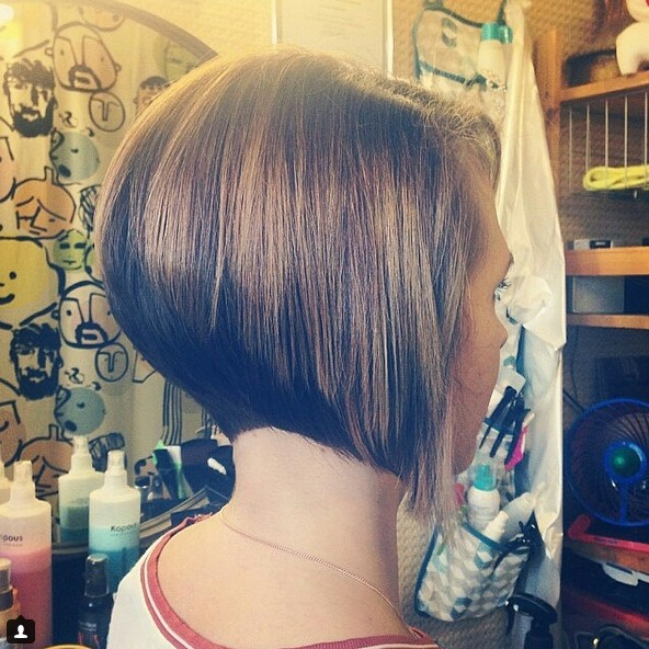 short-inverted-bob-hairstyle-2016