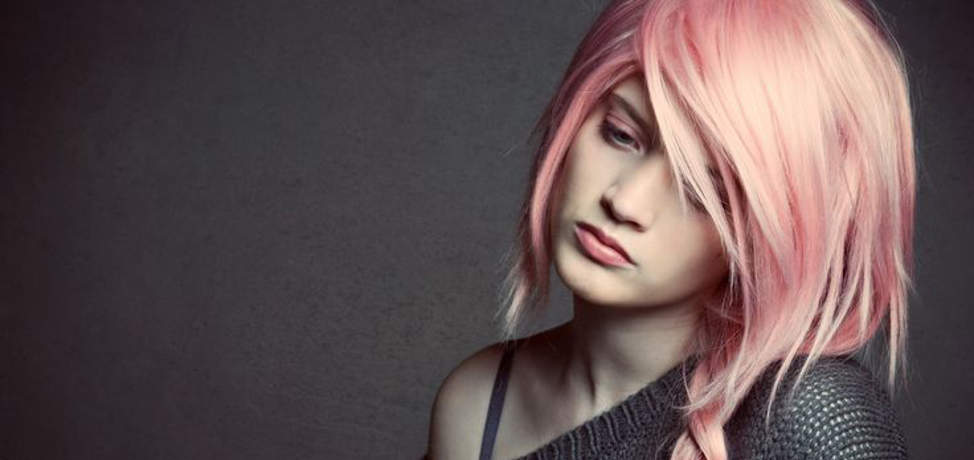 trendy-rose-quartz-hairstyles-to-wear-this-spring