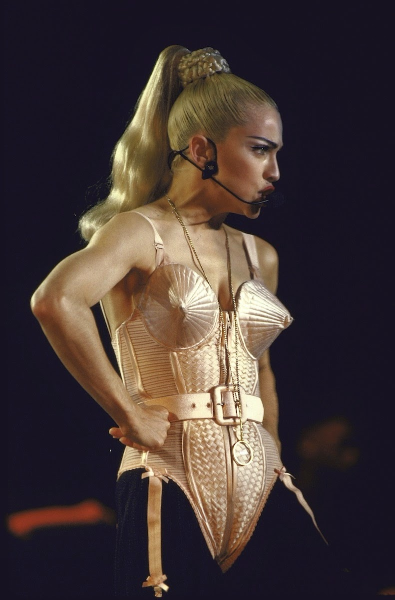Ecco tutti i Madonna Hairstyle! 121