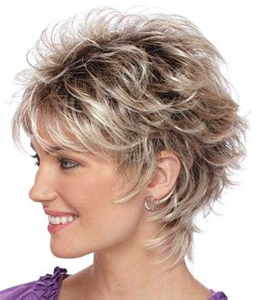 Short Layered Haircuts With Wispy Ends