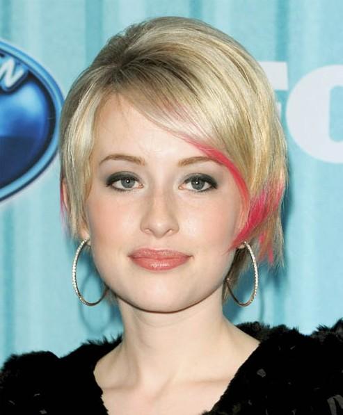 30-Chic-Pixie-Haircuts-Easy-Short-Straight-Hair