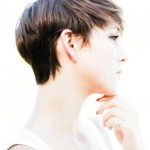 30-Chic-Pixie-Haircuts-Elegant-Lady-with-Stylish-Short-Hairstyle
