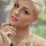 30-Chic-Pixie-Haircuts-Light-Blonde-Hair