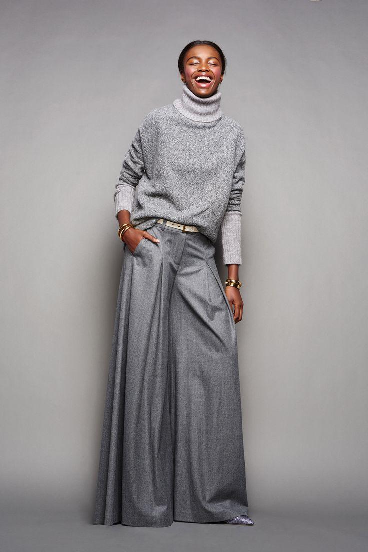 Grey-turtleneck-and-wide-leg-pants