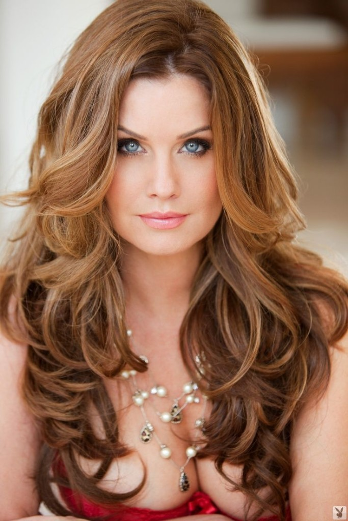 Pretty-Hairstyles-for-Wavy-Hair