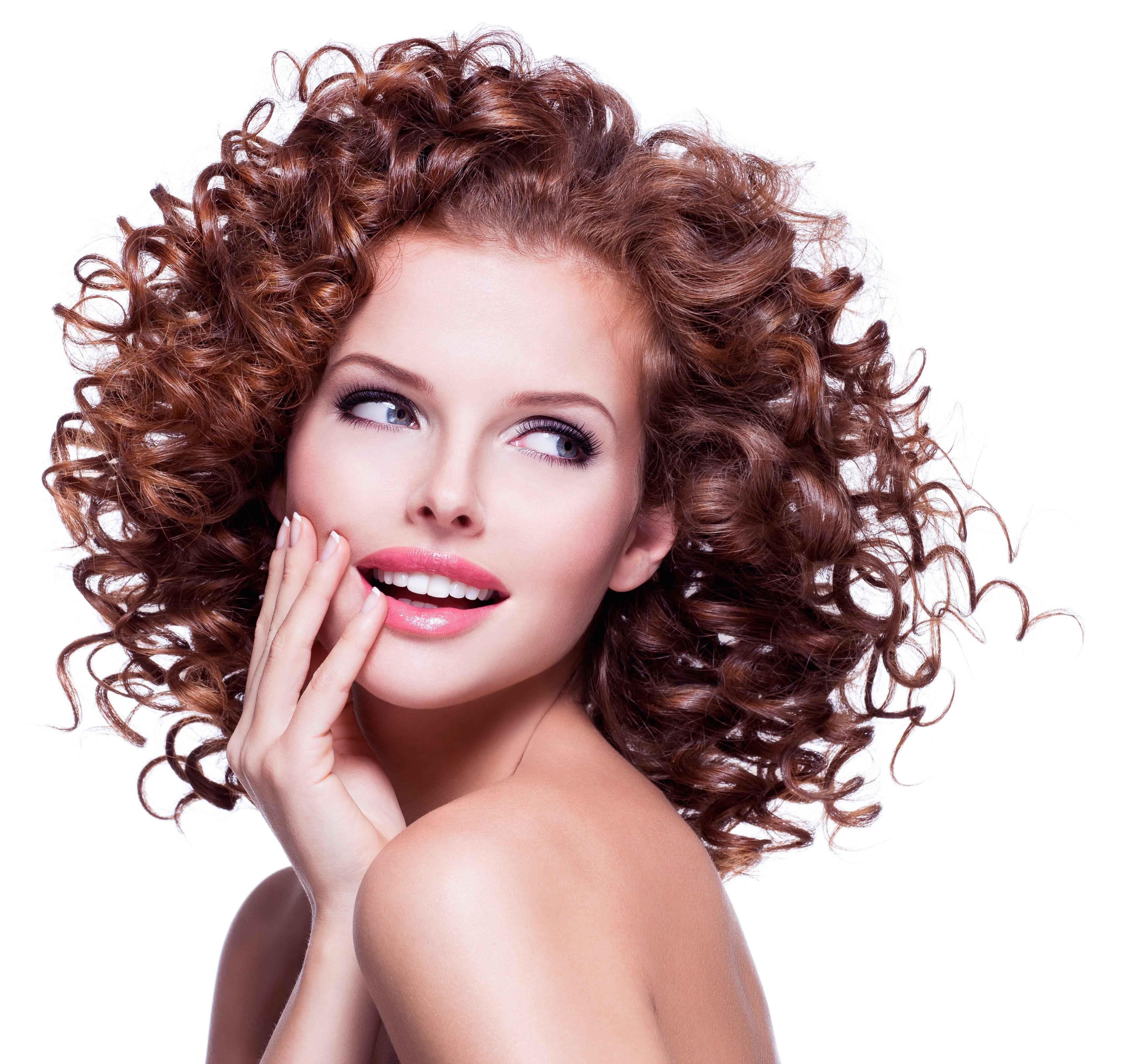 35 tagli di capelli corti ricci: sbarazzini, simpatici ed ...