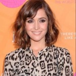 Short-Curly-Haircuts-for-Oval-Faces