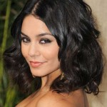 Short-Hairstyles-for-Curly-Hair-and-Oval-Face