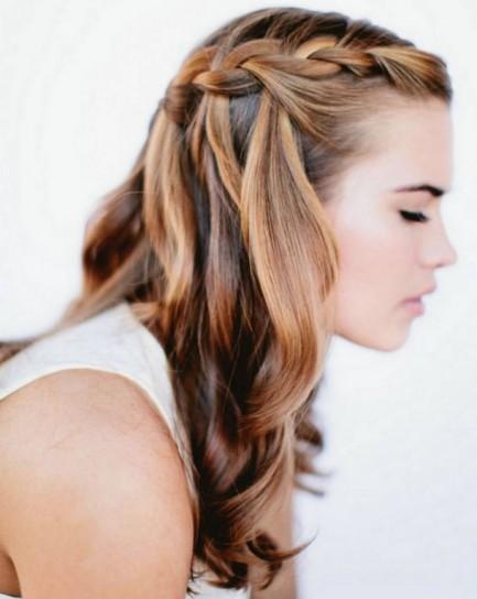 Treccia-tra-i-capelli-sciolti
