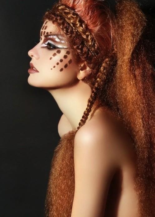 capelli-con-trecce-e-frise-da-indiana