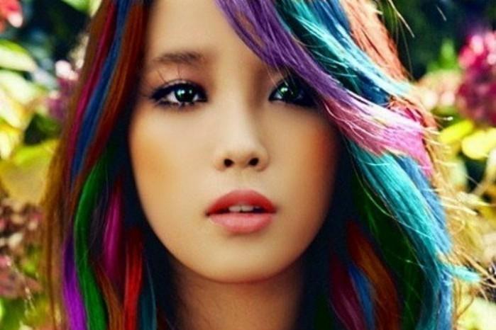 come-tingere-i-capelli-con-la-cera-colorante_f34725f1bf3e89d44e1a02a7331d7d68