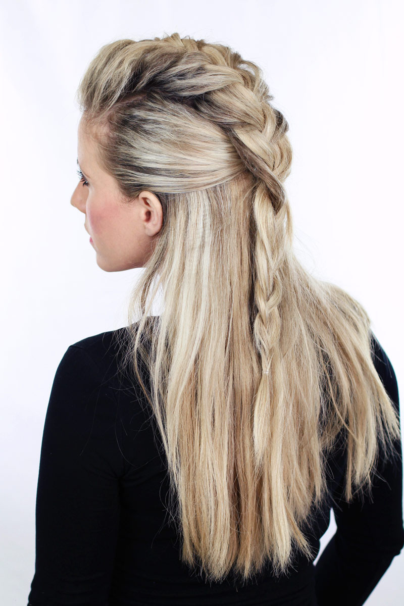 acconciatura san valentino easy-half-up-and-ponytail