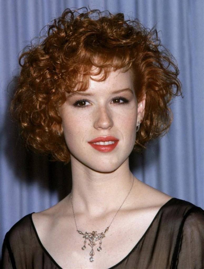 short curley hair styles 35 tagli di capelli corti ricci sbarazzini simpatici ed 8331 | short curly hairstyles with regard to cute hairstyles for short cute hairstyles for short curly hair 775x1024