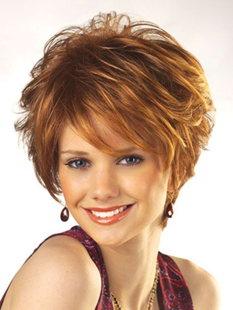 short-hair-color-trends-for-wavy-hair-55d52ee56c110