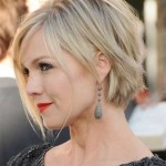 short-textured-bob-haircut-2016-500x600