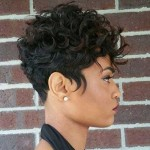 25.Short-Curly-Hairstyle-for-Black-Women