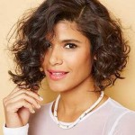 29.Short-Curly-Hairstyle-for-Black-Women