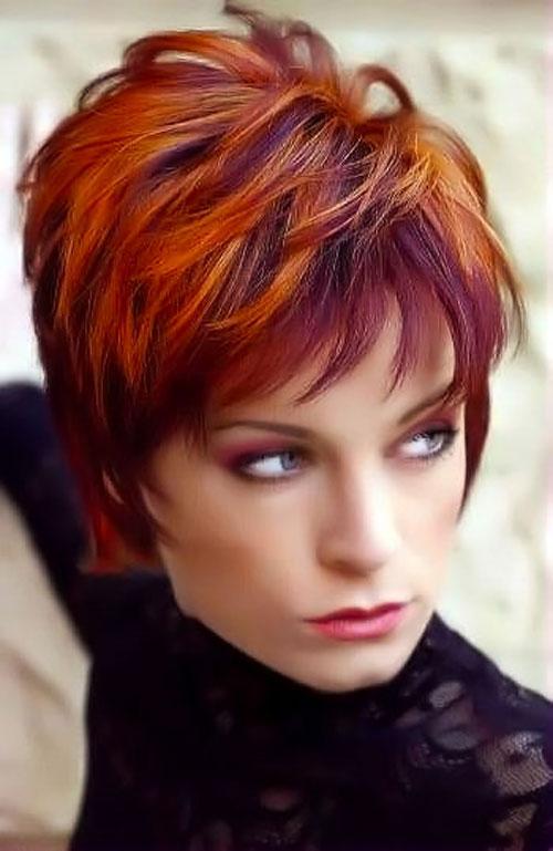 Taglio di capelli corti rossi