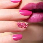 Andrea-Fulerton-Hand-And-Lips-Visual_oggetto_editoriale_720x600
