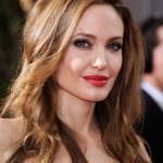 Gold-Garage-Angelina-Jolie-colore-tinta-capelli-scuri