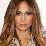 Gold-Garage-Jennifer-Lopez-castano-dorato-capelli