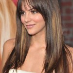 Hairstyle-for-Round-Faces-Long-Hair