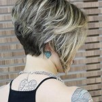 Inverted-Bob-With-Highlights