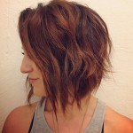 Soft-wavy-graduated-bob-hairstyle-with-beachy-waves