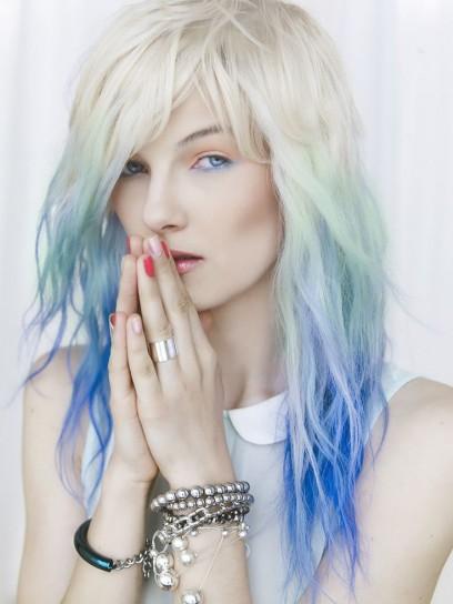 Shatush colorato su capelli biondi