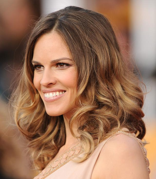17th Annual Screen Actors Guild Awards - Arrivals bronde-hairstyles-hilary-swank