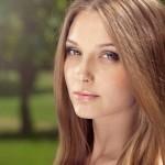 donna-profilo-primavera_colori-che-ci-donano