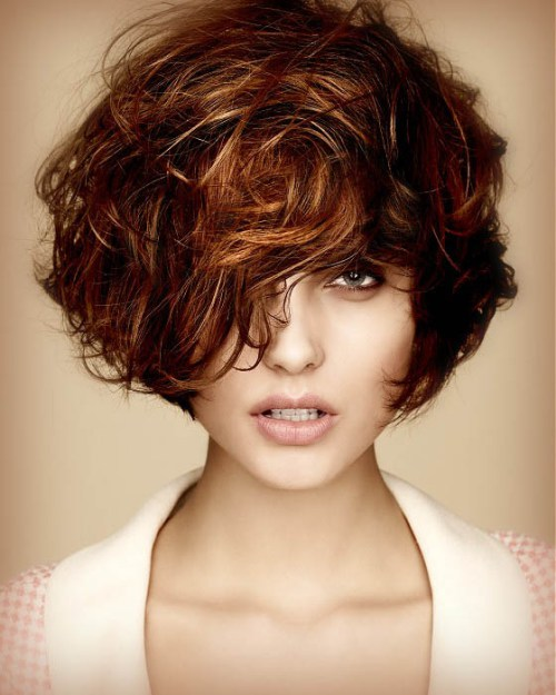 layered-short-curly-hairstyle-2016