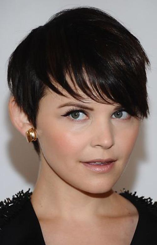 short-haircuts-with-bangs