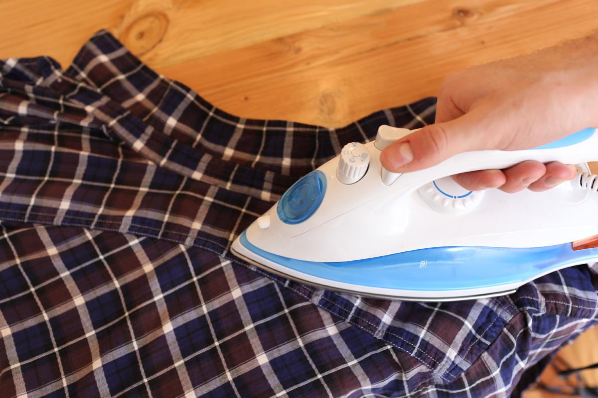 come stirare una camicia step-4
