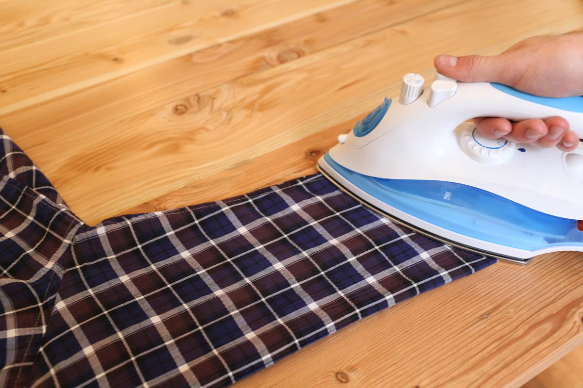 come stirare una camicia step-7