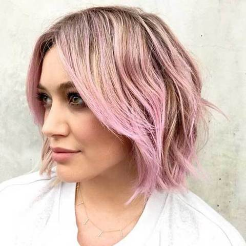 1647883_-Hilary-Duff-con-i-capelli-rosa 1647883_-Hilary-Duff-con-i-capelli-rosa