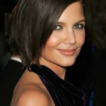 16_Katie-Holmes-Short-Hairstyle