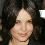 21_Katie-Holmes-Short-Hairstyle