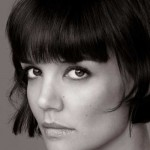 22_Katie-Holmes-Short-Hairstyle