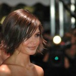 25_Katie-Holmes-Short-Hairstyle