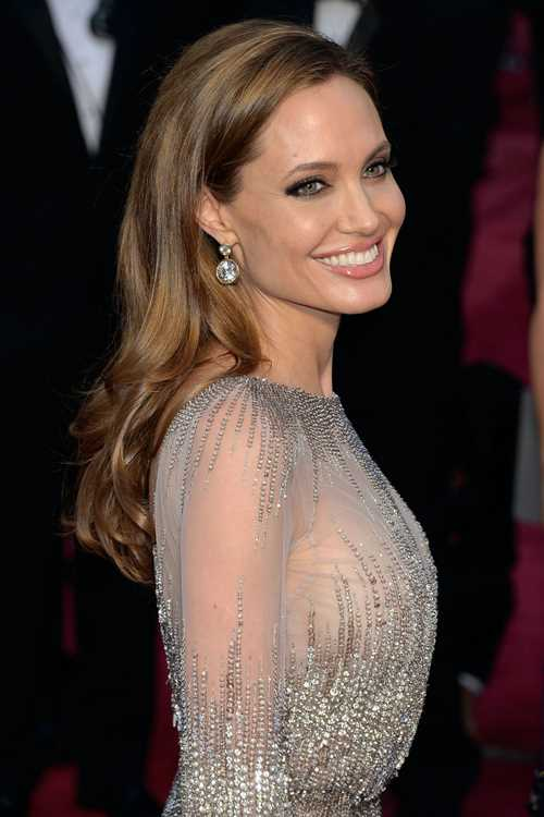 54bc14cd7d67f_-_hbz-long-hair-angelina-2