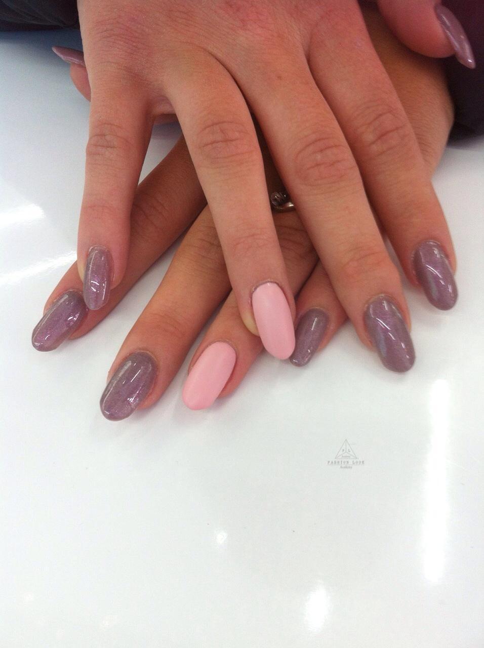 Unghie a mandorla: qualche consiglio per una ottima manicure!