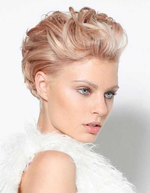 French-Twist-Bob-Hair