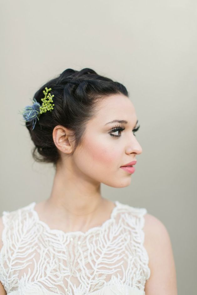 How-to-Wear-a-Bob-for-your-Wedding-Bridal-Bobs-Bridal-Musings-Wedding-Blog-1