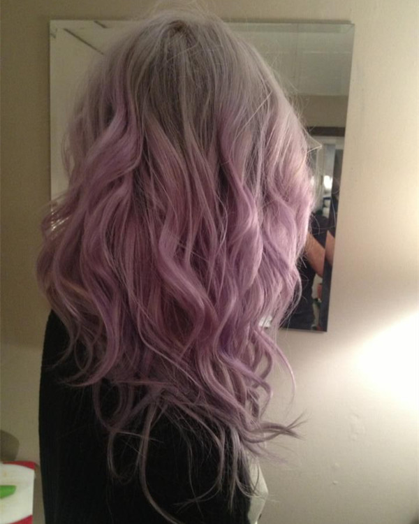Light-gray-ombre-hair-color-with-pastel-pink-cute-Smoky-Pink-Wavy-hair